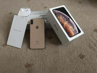 Apple iPhone Xs 64gb €400 iPhone Xs Max 64gb €430