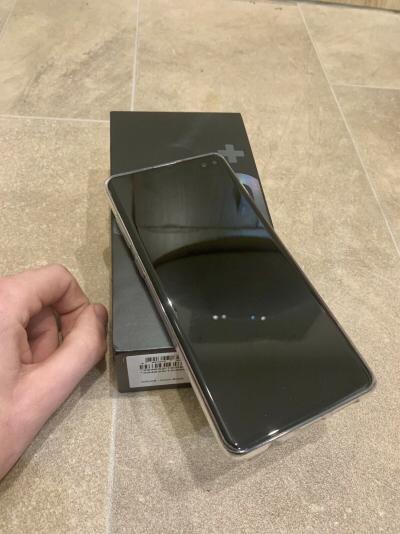 Samsung Galaxy S10 Plus 128GB €520 Samsung Galaxy