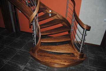 Schody drewniane,na zamówienie,ozdobne,praktyczne,